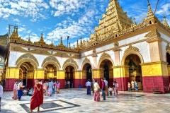 Mahamuni Buddha Temple, Mahamuni Buddha Temple Mandalay travel guide Vietnam
