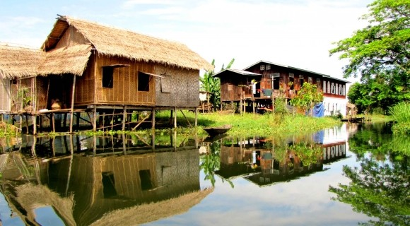 Floating House in Inle