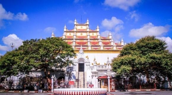 Atumashi Monastery in Mandalay