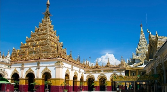 Mahamuni Temple in Mandalay