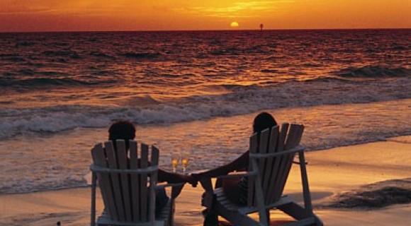 Couple on Ngapali Beach