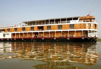 Fascinating Paukan Cruise