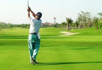 Golfing Around Myanmar