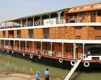 Irrawaddy River Cruise with Paukan